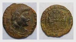 MAGNENTIUS AE22 RIC 171, Two Victories