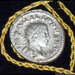 PHILIPPE II - AR Antoninianus de 5,05g e...