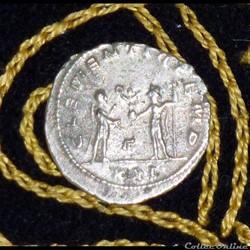 PROBUS - AE Antoninianus de 3,5g et 21 m...