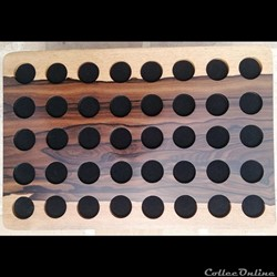Médailliers en Ziricote 30 x 20 cm ,  40 alvéoles de 25 mm