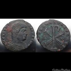 Magnentius RIC 318