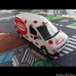 Caravane du Tour de France - N°16 -  Fia...