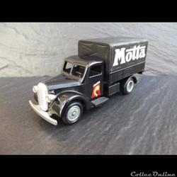 """Ford 77-81 Barrel Nose """"Motta"""""""