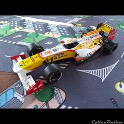 Renault ING F1 Team R29