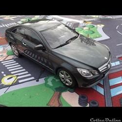 Mercedes-Benz E500 coupé