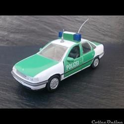 "Opel Vectra ""Polizei"""