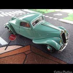 Citroën 22 CV Faux-Cabriolet