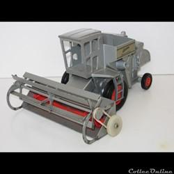 Ertl 197 - Allis-Chalmers Gleaner
