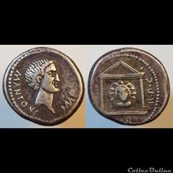 Monnaies Romaines diverses frappées dans l'Empire.
