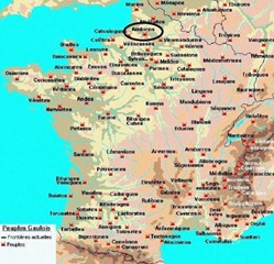 latin : AMBIANI étymologie : ceux qui sont autour de la SOMME situation : PICARDIE capitale : AMIENS ( SAMAROBRIVA ) GAULE BELGIQUE