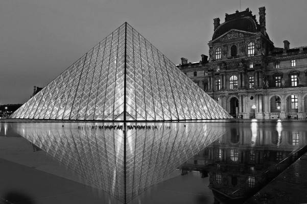 Louvre museum is home of exceptional antiques and art pieces collections.
